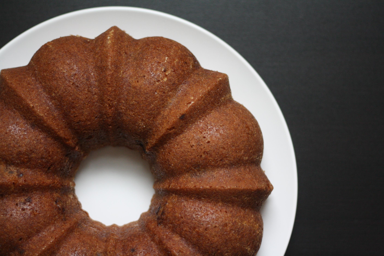 brown sugar buttermilk cake with fresh blackberries