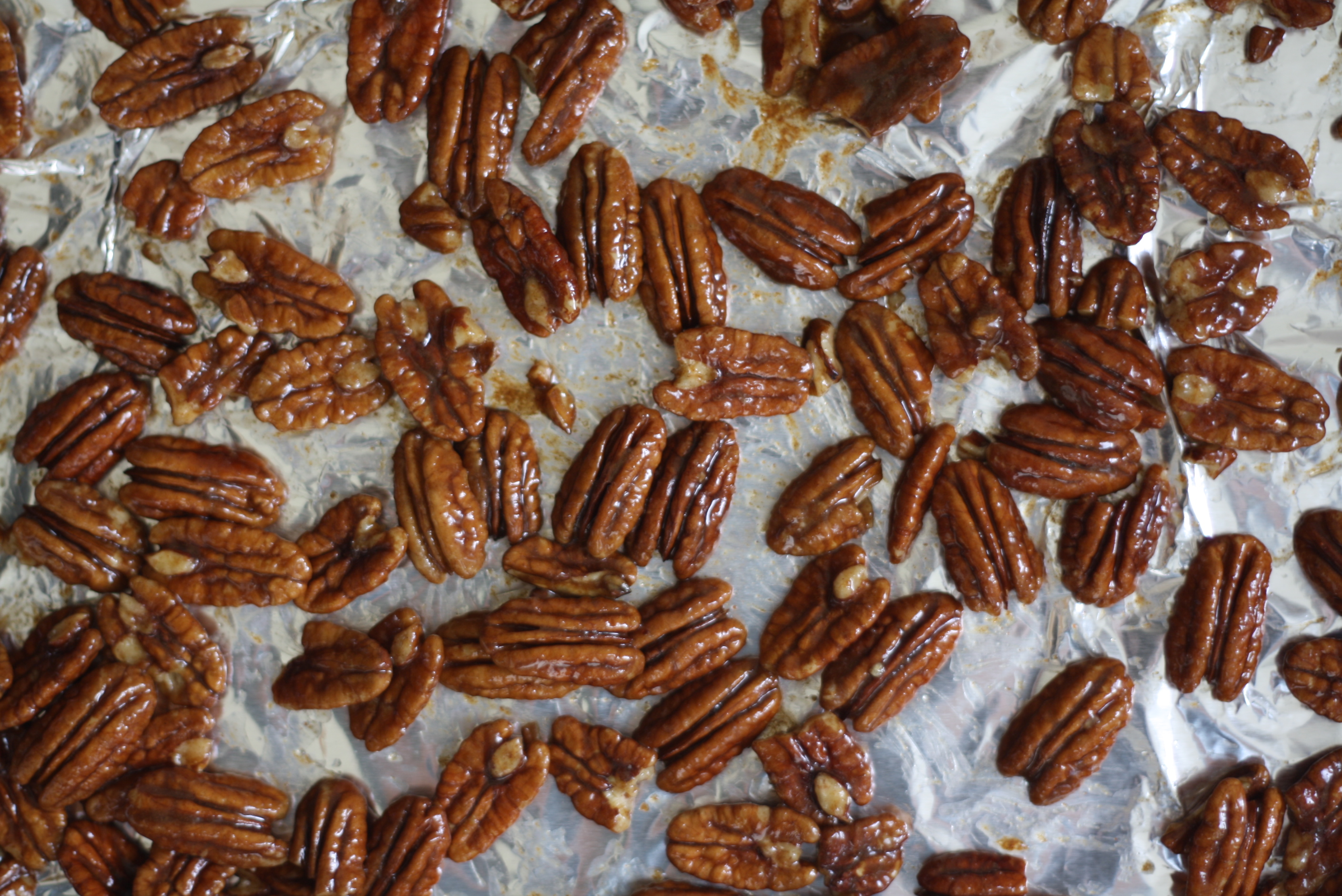 toasty pecans with sweet and savory spice