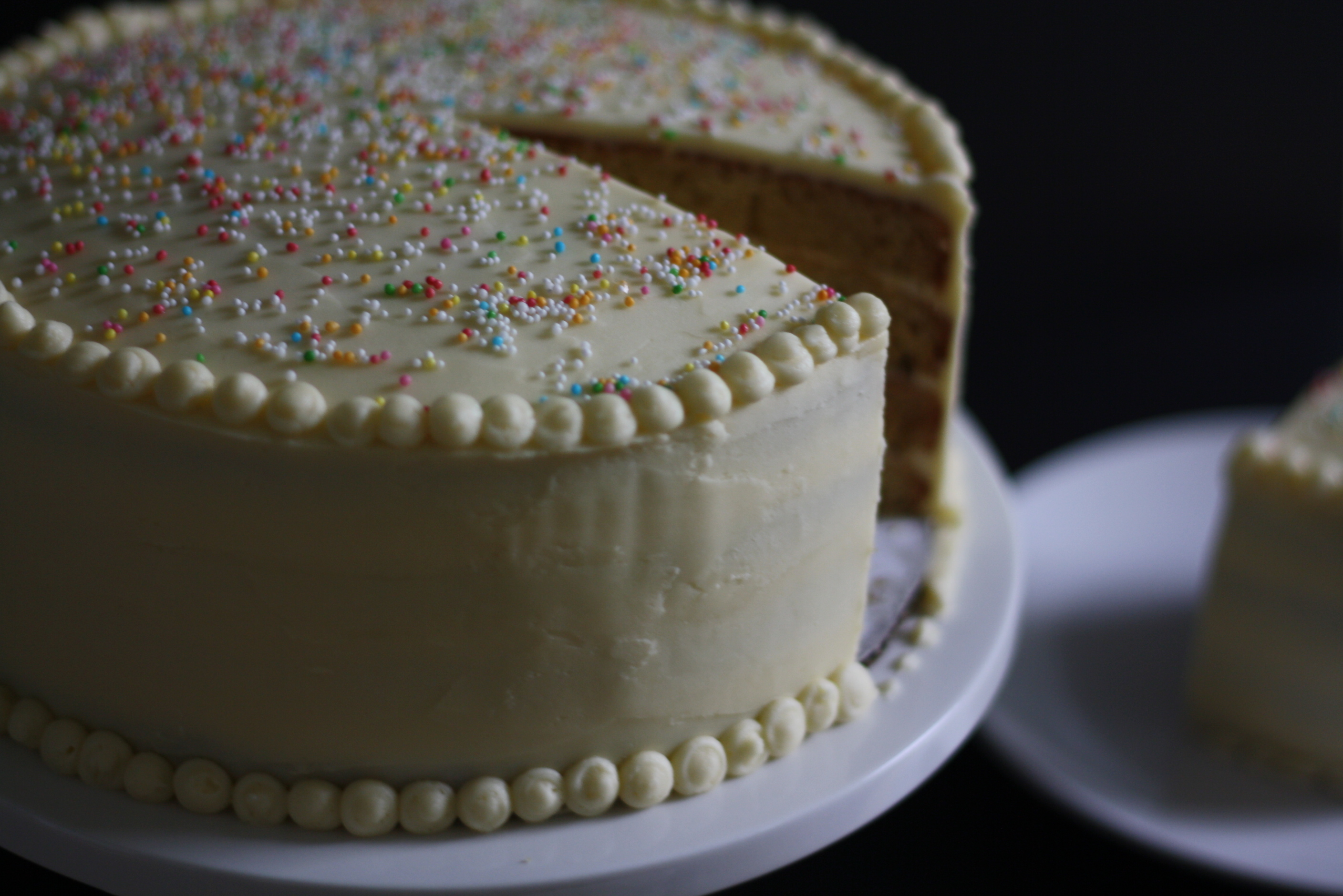 how to frost a layer cake, slice, via butter me up, Brooklyn!
