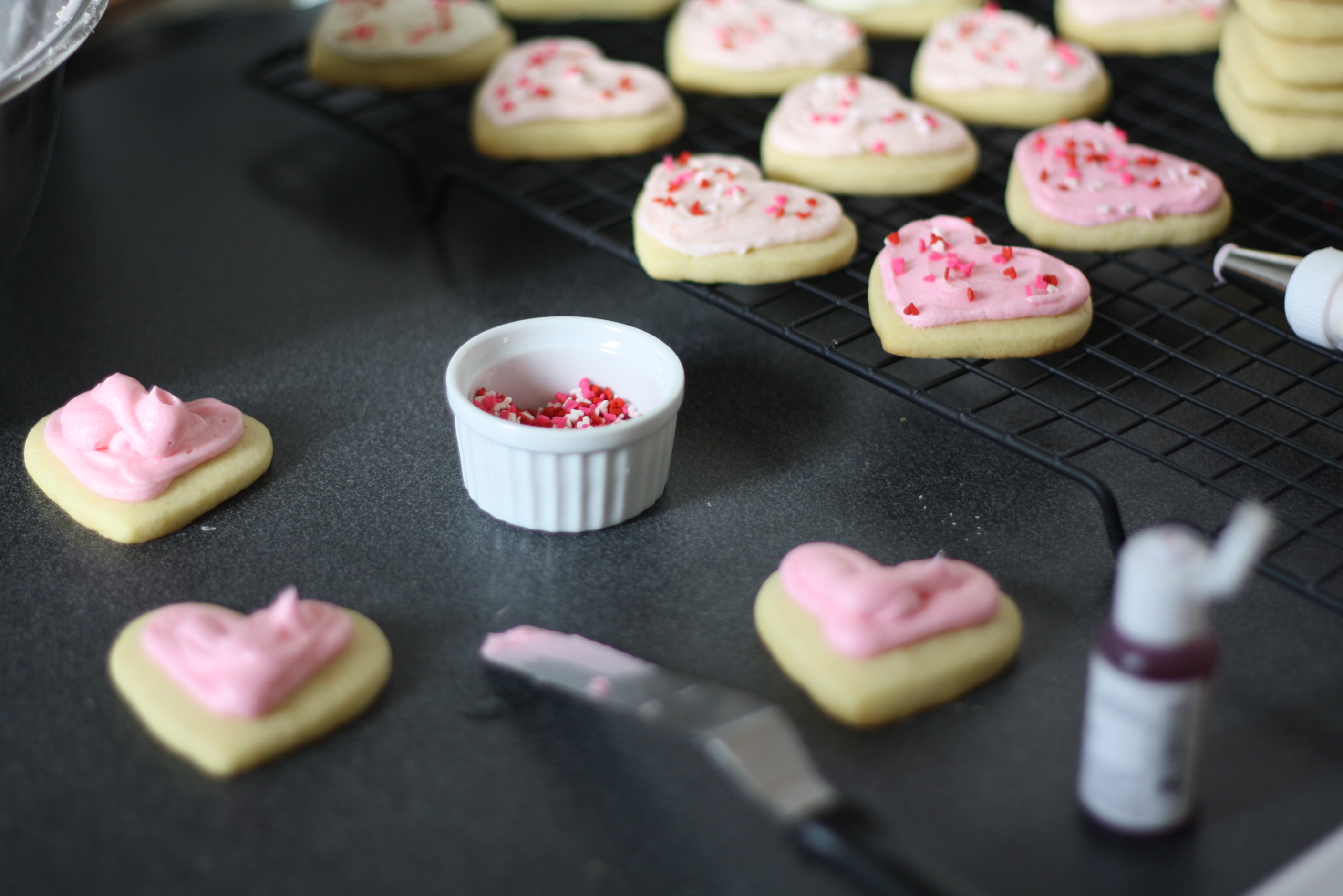 frosting heart cookies